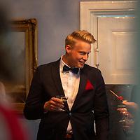 2020-06-06 | Sölvesborg, Sverige: Karlshamnsstudenter arrangerade en egen mindre studentbal då den ordinarie blev inställd pga covid-19. ( Foto av: Henrik Eberlund | Swe Press Photo )<br /> <br /> Nyckelord: Sölvesborg, Student, Studentbal, Sölvesborg Slott, Bal, Covid-19, HE200606