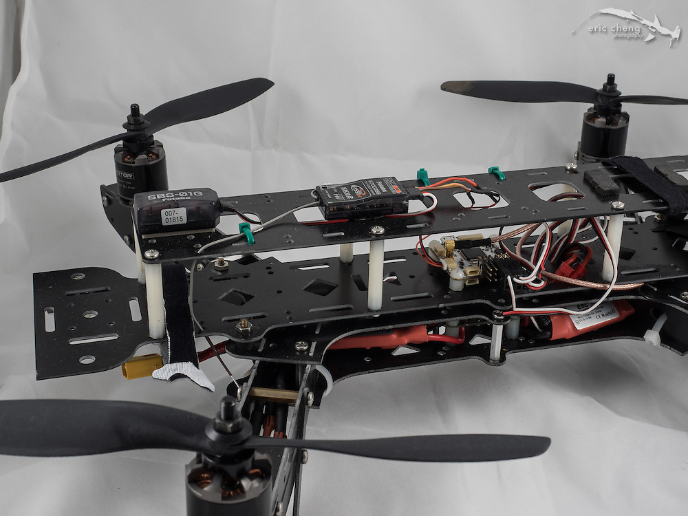 ADS400 quadcopter with 30A ESCs, Tiger T-Motors, OpenPilot Revolution, Futaba R70038B receiver and SBS-01G GPS telemetry