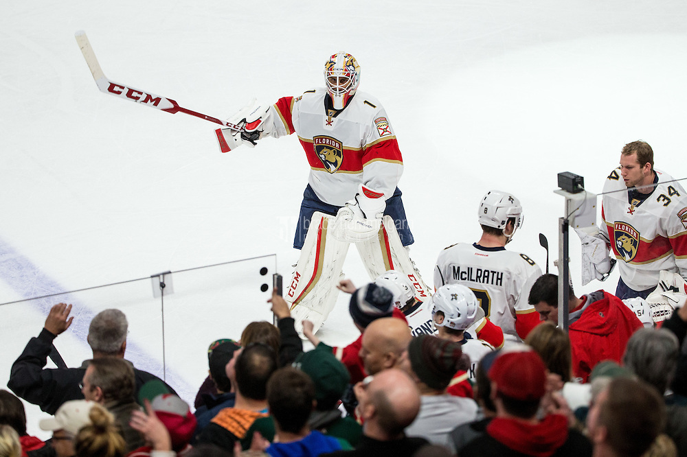 Dec 13, 2016; Saint Paul, MN, USA; Florida Panthers goalie Roberto Luongo (1) against the Minnesota Wild at Xcel Energy Center. The Wild defeated the Panthers 5-1. Mandatory Credit: Brace Hemmelgarn-USA TODAY Sports