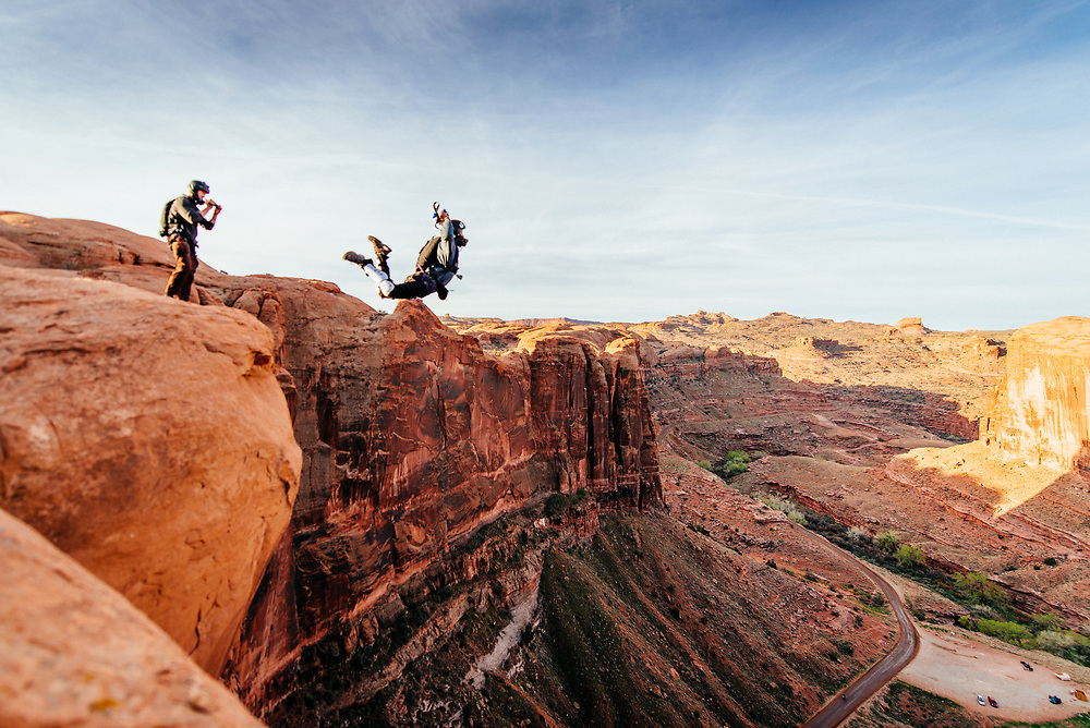 Thoroughly explaining your launch from a BASE jump in Moab