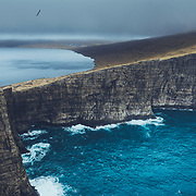 Sørvágsvatn lake and Trælanípa, Vágar, Faroe Islands