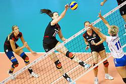 24.09.2011, Hala Pionir, Belgrad, SRB, Europameisterschaft Volleyball Frauen, Vorrunde Pool A, Deutschland (GER) vs. Ukraine (UKR), im Bild Christiane Fürst / Fuerst (#11 GER / Istanbul TUR) - Iryna Komisarova (#11 UKR) // during the 2011 CEV European Championship, First round at Hala Pionir, Belgrade, SRB, 2011-09-24. EXPA Pictures © 2011, PhotoCredit: EXPA/ nph/  Kurth       ****** out of GER / CRO  / BEL ******