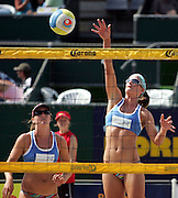 Bec Shaw (Aust) in action during the NZ Beach Volleyball Open at Stanley St, Auckland, 20 January 2006. Photo: Tim Hales/PHOTOSPORT<br />