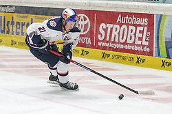 20.02.2015, Curt-Frenzel-Stadion, Augsburg, GER, DEL, Augsburger Panther vs EHC Red Bull München, 49. Runde, im Bild Dominik Kahun #21 (EHC Red Bull Muenchen) // during Germans DEL Icehockey League 49th round match between Adler Mannheim and Grizzly Adams Wolfsburg at the Curt-Frenzel-Stadion in Augsburg, Germany on 2015/02/20. EXPA Pictures © 2015, PhotoCredit: EXPA/ Eibner-Pressefoto/ Kolbert<br /> <br /> *****ATTENTION - OUT of GER*****