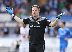 16.04.2016, Merck Stadion am Boellenfalltor, Darmstadt, GER, 1. FBL, SV Darmstadt 98 vs FC Ingolstadt 04, 30. Runde, im Bild vl. Torwart Christian Mathenia (SV Darmstadt 98) // during the German Bundesliga 30th round match between SV Darmstadt 98 and FC Ingolstadt 04 at the Merck Stadion am Boellenfalltor in Darmstadt, Germany on 2016/04/16. EXPA Pictures © 2016, PhotoCredit: EXPA/ Eibner-Pressefoto/ Voelker<br /> <br /> *****ATTENTION - OUT of GER*****