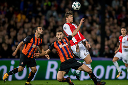 17-10-2017 NED, UEFA CL, Feyenoord - FC Shakhtar Donetsk, Rotterdam<br /> UEFA Champions League Round of 16, 3rd Leg match between Feyenoord vs. Donetsk at the stadion DE Kuip in Rotterdam / Ivan Ordets #18 of Shakhtar Donetsk, Michiel Kramer #29 of Feyenoord