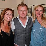 NLD/Amsterdam/20110608 - Boekpresentatie Bastiaan Ragas, Laura Vlasblom, Bastiaan Ragas en partner Tooske Ragas - Breugem