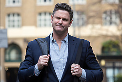 © Licensed to London News Pictures. 27/11/2015. London, UK. Chris Cairns arrives at Southwark Crown Court in London. The former New Zealand cricketer, Chris Cairns is currently in court on charges of perjury and perverting the course of justice while his Barrister Andrew Fitch-Holland denies one count of perverting the course of justice. Photo credit : Vickie Flores/LNP