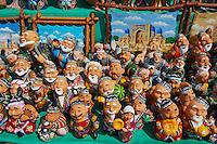 Ouzbekistan, Tashkent, bazar de Chorsu, souvenir pour touriste // Uzbekistan, Tashkent, Chorsu Bazar, tourist souvenir