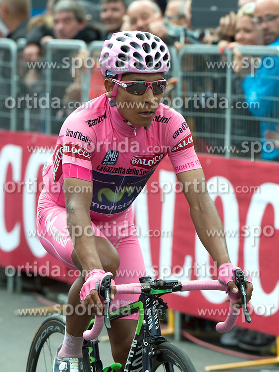 29.05.2014, Rif. Panarotta, ITA, Giro d Italia 2014, 18. Etappe, Belluno nach Rif. Panarotta, im Bild der Gesamtführende Nairo Quintana, COL (#121, Movistar Team) // race leader Nairo Quintana, COL (#121, Movistar Team) during Giro d' Italia 2014 at Stage 18 from Mori to Polsa, Italy on 2014/05/29. EXPA Pictures © 2014, PhotoCredit: EXPA/ R. Eisenbauer
