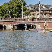 NLD/Amsterdam/20180628 - Rondvaart Amsterdam, suppen op de Amsterdamse grachten