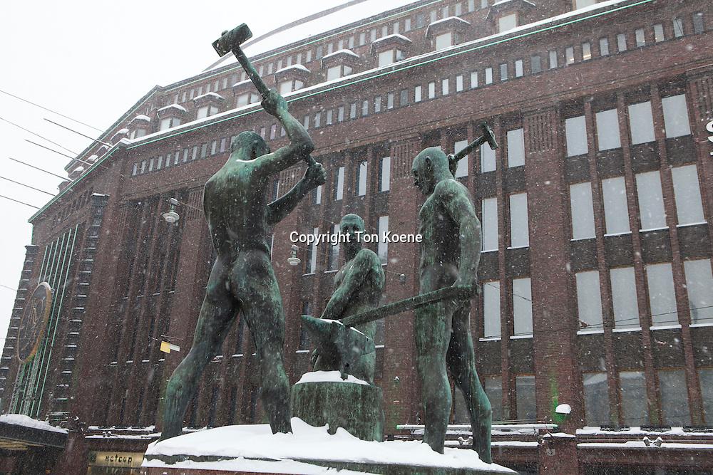 statue in downtown helsinki