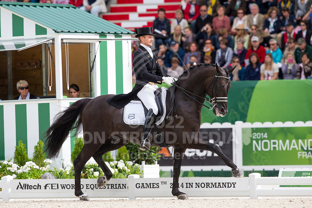 Edward Gal, (NED), Glock's Voice - Grand Prix Special Dressage - Alltech FEI World Equestrian Games&trade; 2014 - Normandy, France.<br /> &copy; Hippo Foto Team - Leanjo de Koster<br /> 25/06/14