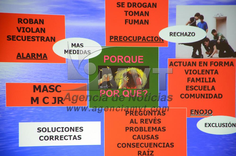 Toluca, México.- Martha Camargo Sánchez, Magistrada del Poder Judicial del Estado de México, en el marco de la novena conferencia Internacional Latinoamericana sobre Violencia y Maltrato Infantil, participo con la ponencia, Modelo de Justicia Restaurativa, para niñas, niños y Adolescentes.  Agencia MVT / José Hernández
