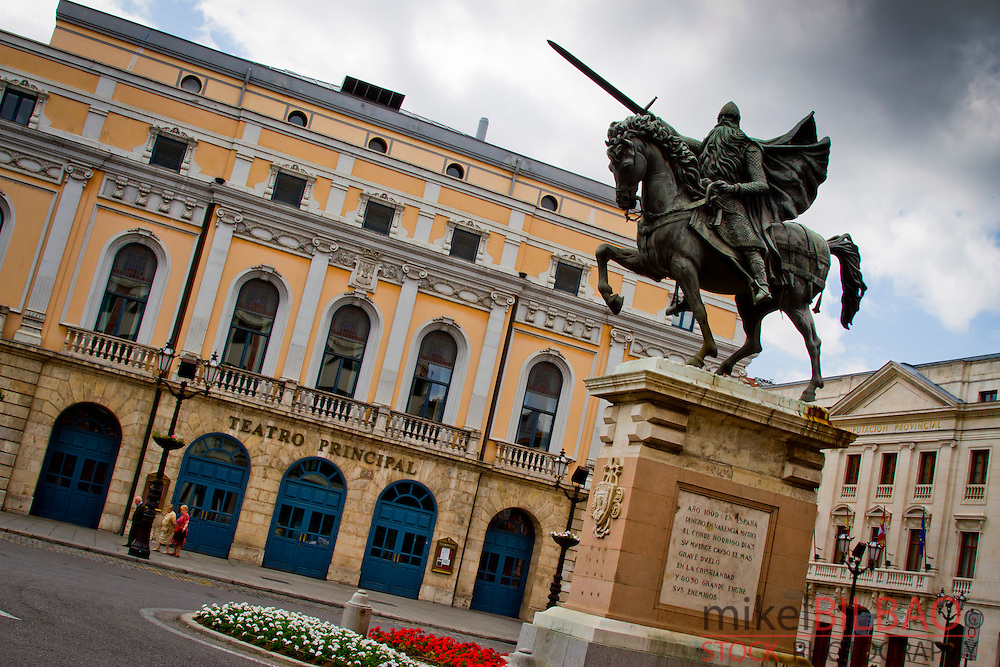 Statue of El Cid.<br />