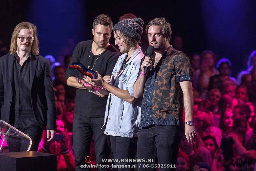 NLD/Amsterdam/20180905- Uitreiking 3FM Awards 2018, Kensington wint een Award voor beste Beste Groep