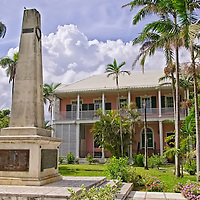 The Cenotaph a mnonument to Bahamians who fought and died in World War 2