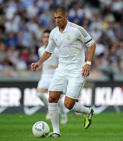 FUSSBALL   INTERNATIONAL   SAISON 2011/2012   TESTSPIEL Herha BSC Berlin - Real Madrid         27.07.2011      Karim BENZEMA (Real Madrid) Einzelaktion am Ball