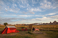 Morning scene at a campsite in Badlands National Park, South Dakota. http://www.gettyimages.com/detail/photo/morning-at-campsite-royalty-free-image/184421512