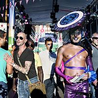 Nederland, Amsterdam , 5 augustus 2011..Homo's flaneren in de Reguliersdwarsstraat tijdens de Gay Pride 2011..Foto:Jean-Pierre Jans