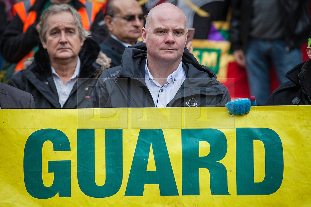 © Licensed to London News Pictures. 01/11/2016. London, UK. RMT General Secretary Mick Cash at a protest against Southern Rail's plans to scrap guards on trains. A new wave of strike action over the long-running dispute is set to begin on Friday 4 November. Photo credit: Rob Pinney/LNP
