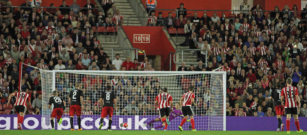 Jay Rodriguez scores his penalty During Southampton FC vs Fc Midtjylland on Thursday the 20th August 2015.