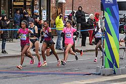 NYC Marathon, Deba leads Dado, El Moukim