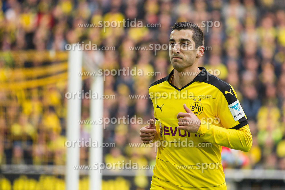02.04.2016, Signal Iduna Park, Dortmund, GER, 1. FBL, Borussia Dortmund vs SV Werder Bremen, 28. Runde, im Bild Henrikh &quot;Micki&quot; Mkhihtaryan (Borussia Dortmund #10) // during the German Bundesliga 28th round match between Borussia Dortmund and SV Werder Bremen at the Signal Iduna Park in Dortmund, Germany on 2016/04/02. EXPA Pictures &copy; 2016, PhotoCredit: EXPA/ Eibner-Pressefoto/ Sch&uuml;ler<br /> <br /> *****ATTENTION - OUT of GER*****