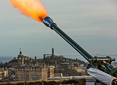 21-gun salute for the Queen, Edinburgh Castle, 6 February 2019