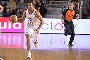 DESCRIZIONE : Campionato 2013/14 Acea Virtus Roma - Sutor Montegranaro<br /> GIOCATORE : Jordan Taylor<br /> CATEGORIA : Arbitro Contropiede Palleggio<br /> SQUADRA : Acea Virtus Roma<br /> EVENTO : LegaBasket Serie A Beko 2013/2014<br /> GARA : Acea Virtus Roma - Sutor Montegranaro<br /> DATA : 18/01/2014<br /> SPORT : Pallacanestro <br /> AUTORE : Agenzia Ciamillo-Castoria / GiulioCiamillo<br /> Galleria : LegaBasket Serie A Beko 2013/2014<br /> Fotonotizia : Campionato 2013/14 Acea Virtus Roma - Sutor Montegranaro<br /> Predefinita :