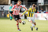 ROTTERDAM - Sparta - Vitesse , Voetbal , Eredivisie , Seizoen 2016/2017 , Het Kasteel , 11-12-2016 ,  eindstand 3-1 , Sparta speler Michel Breuer (l) in duel met Vitesse speler Ricky van Wolfswinkel (r)