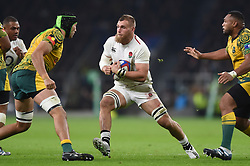 Brad Shields of England in possession - Mandatory byline: Patrick Khachfe/JMP - 07966 386802 - 24/11/2018 - RUGBY UNION - Twickenham Stadium - London, England - England v Australia - Quilter International