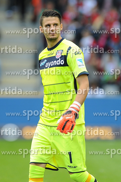 27.09.2015, Schwarzwald Stadion, Freiburg, GER, 2. FBL, SC Freiburg vs FSV Frankfurt, 9. Runde, im Bild Andre Weis (Torwart / Goalie FSV Frankfurt) // during the 2nd German Bundesliga 9th round match between SC Freiburg and FSV Frankfurt at the Schwarzwald Stadion in Freiburg, Germany on 2015/09/27. EXPA Pictures &copy; 2015, PhotoCredit: EXPA/ Eibner-Pressefoto/ Laegler<br /> <br /> *****ATTENTION - OUT of GER*****
