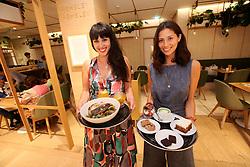 UK ENGLAND LONDON 8SEP16 - Celebrity chefs Melissa and Jasmine Hemsley (R) at the Hemsley and Hemsley Cafe at Selfridge's in central London.<br /> <br /> jre/Photo by Jiri Rezac<br /> <br /> © Jiri Rezac 2016