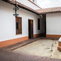 Casa Natal de Simon Bolivar, es el lugar donde nació el Libertador de Venezuela el 24 de julio de 1783. La casa esta ubicada entre las esquinas de San Jacinto a Traposos en la Parroquia Catedral de Caracas. Hoy es un museo que conserva algunas piezas originales de la casa y algunas prendas del Libertador. El 25 de julio de 2002 es declarada Monumento Nacional.