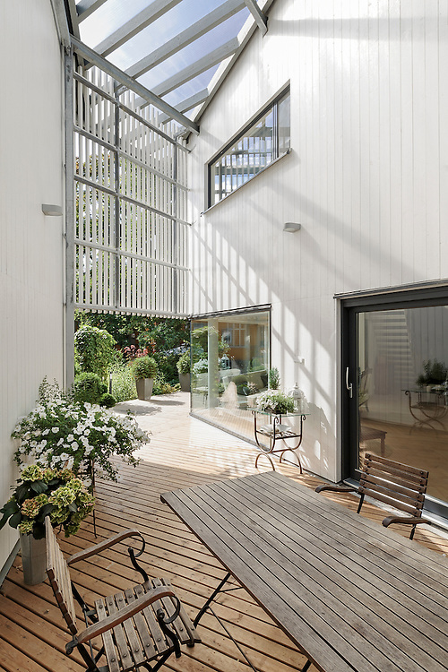 Villa Frida - two family house in Porvoo, Finland designed by Heikkinen-Komonen Architects.