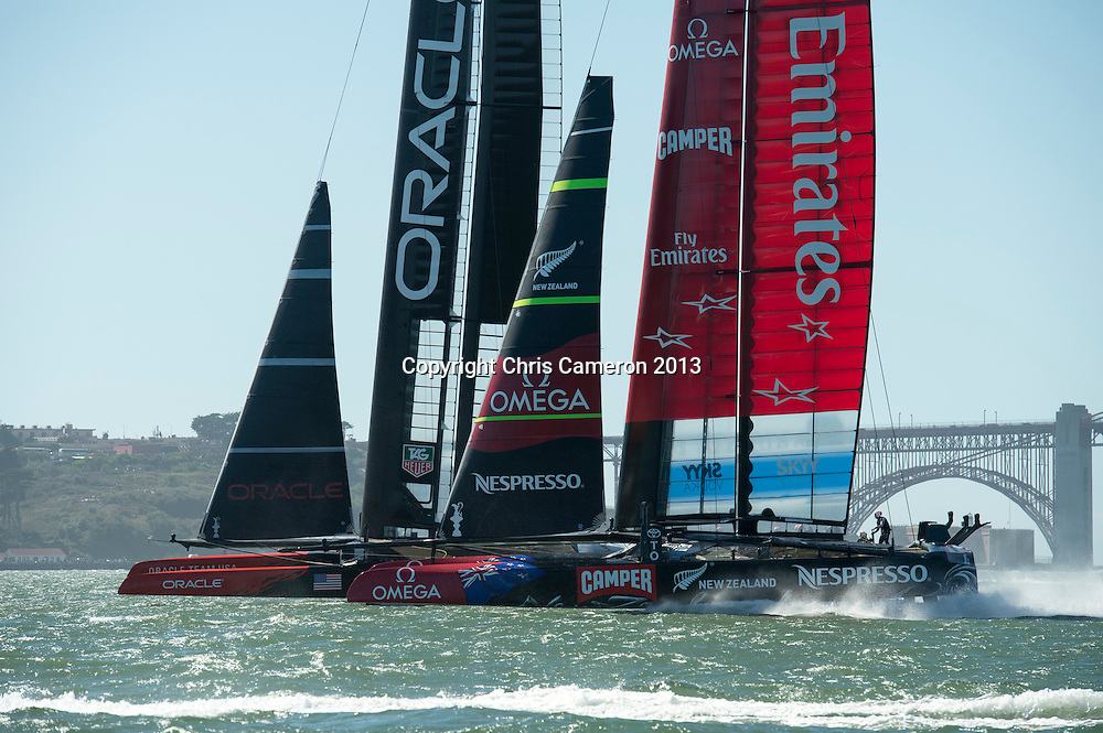 Oracle Team USA and Emirates Team New Zealand start race 18, America's Cup 34. 24/9/2013