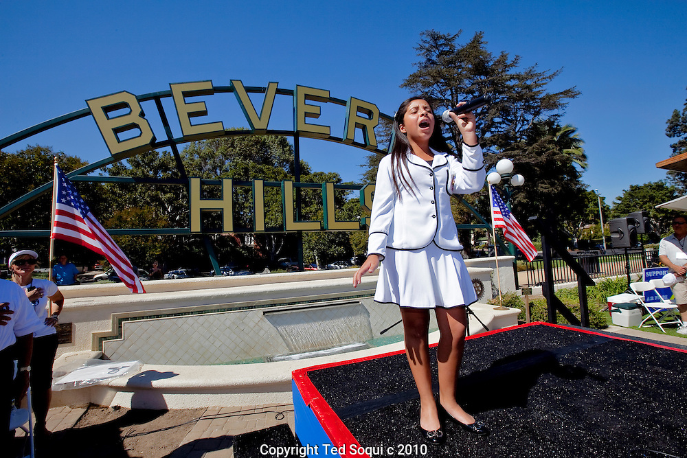 Hundreds of Tea Party members attend a rally at the Beverly Gardens park in Beverly Hills. Pat Boone was master of ceremonies. Speakers included actor Robert Davi and former SNL cast member Victoria Jackson..