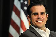 KISSIMMEE. ( FL EEUU).- JAN-12-2018.- The Governor of Puerto Rico, Ricardo Rossell&oacute; smiles during a meeting with members of the puerto rican community and authorities of the state of Florida in Kissimmee, Florida United States on January 12, 2018. (PHOTO GERARDO MORA IPAPHOTO.COM for EFE)<br /> <br /> KISSIMMEE. ( FL EEUU).- ENERO-12-2018.- El Gobernador de Puerto Rico, Ricardo Rossell&oacute; sonr&iacute;e durante una reuni&oacute;n con miembros de la comunidad puertorrique&ntilde;a y autoridades del estado de la  Florida en la ciudad de Kissimmee en Florida Estados Unidos hoy 12 de Enero del 2018. (PHOTO GERARDO MORA IPAPHOTO.COM for EFE)