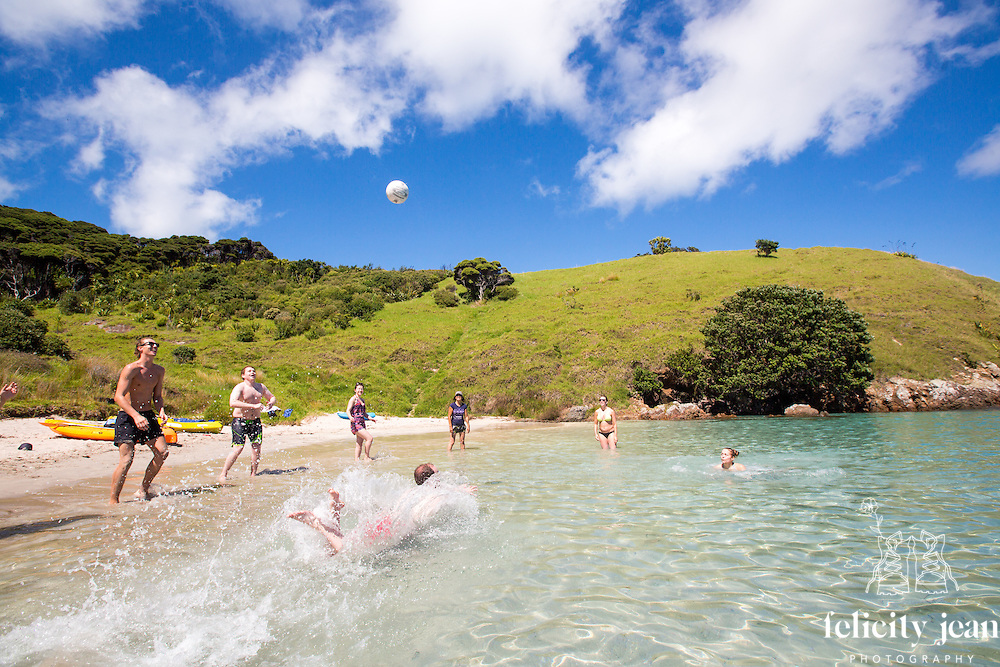 g adventures summer 2016 on the rock over night adventure cruise in the bay of islands photography by felicity jean photography coromandel photographer yolo tour