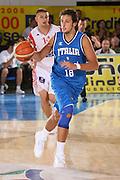 DESCRIZIONE : Bormio Torneo Internazionale Gianatti Finale Italia Croazia <br /> GIOCATORE : Marco Belinelli <br /> SQUADRA : Nazionale Italia Uomini <br /> EVENTO : Bormio Torneo Internazionale Gianatti <br /> GARA : Italia Croazia <br /> DATA : 04/08/2007 <br /> CATEGORIA : Palleggio <br /> SPORT : Pallacanestro <br /> AUTORE : Agenzia Ciamillo-Castoria/S.Silvestri