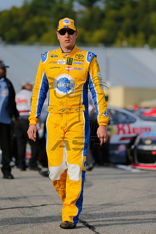 Loudon, NH - Sep 25, 2015:  The NASCAR Sprint Cup Series teams take to the track for the Sylvania 300 at New Hampshire Motor Speedway in Loudon, NH.
