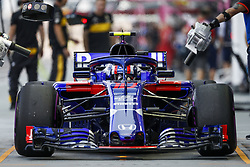 September 14, 2018 - Singapore, Singapore - Motorsports: FIA Formula One World Championship 2018, Grand Prix of Singapore, .#10 Pierre Gasly (FRA, Red Bull Toro Rosso Honda) (Credit Image: © Hoch Zwei via ZUMA Wire)