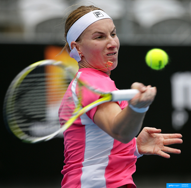 Svetlana Kuznetsova (Russia) on her way to victory over Shai Peng of China in the first round of the Medibank International Sydney Tennis Tournament on January 11, 2009 in Sydney, Australia. Photo Tim Clayton