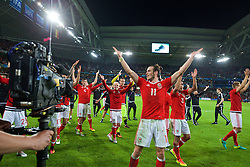 LILLE, FRANCE - Friday, July 1, 2016: Wales' Gareth Bale leads his squad in celebration after a 3-1 victory over Belgium and reaching the Semi-Final during the UEFA Euro 2016 Championship Quarter-Final match at the Stade Pierre Mauroy. (Pic by David Rawcliffe/Propaganda)