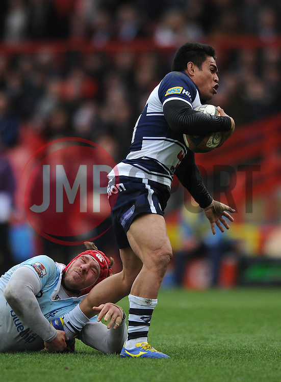 Bristol Rugby Winger David Lemi breaks free - Photo mandatory by-line: Dougie Allward/JMP - Mobile: 07966 386802 - 29/03/2015 - SPORT - Rugby - Bristol - Ashton Gate - Bristol Rugby v Bedford Blues - Greene King IPA Championship