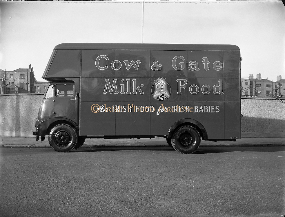 Cow and Gate Van, Thorncastle St., Ringsend, Dublin.07/01/1957