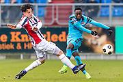 TILBURG - 19-02-2017, Willem II - AZ, Koning Willem II Stadion, 1-1, Willem II speler Thom Haye, AZ speler Ridgeciano Haps