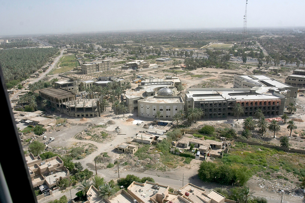 "Baghdad as seen from a Blackhawk helicopter taxi between Baghdad airport and the ""Green Zone"" in Baghdad."