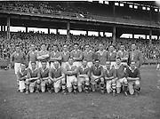 Neg no: 19/a4246-a4248..1956NFLF...00.00.1956.. .Meath v. Derry.Meath Team.FOOTBALL.